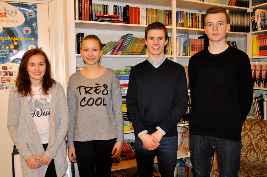 Nominasjonsjuryen: (f.v.) Julie Karlsen, Kinga Bugajska, Henrik Stenberg og Ingmund Andvik. Foto: Vibeke Røgler/Foreningen !les.